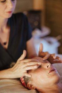 Pyramid Holistic Centre | Deluxe Facial Massage Treatment